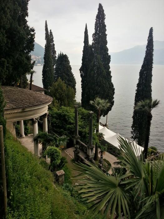 Bellagio estate with veranda garden