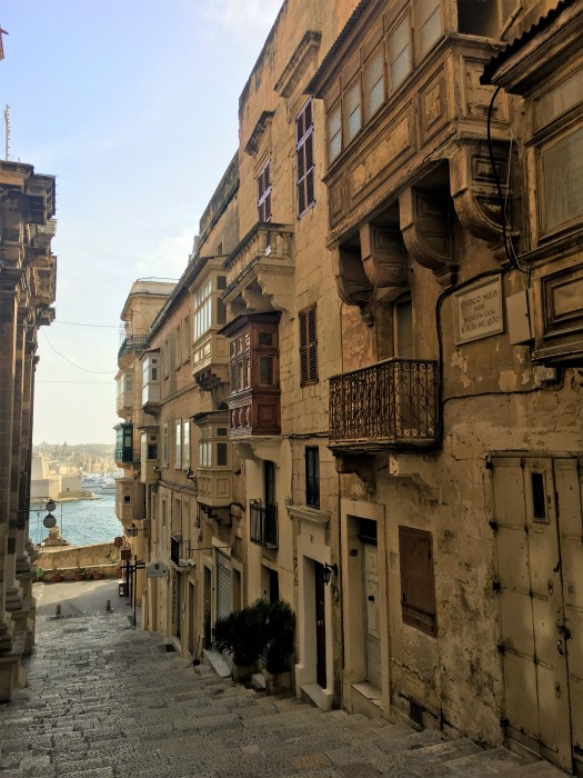 Valletta alley